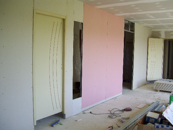 le chantier. Black Bedroom Furniture Sets. Home Design Ideas